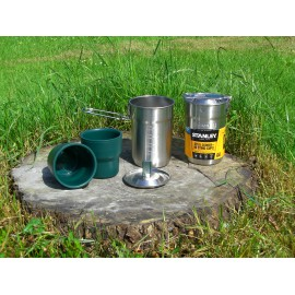 Stanley Koch- und Tassen Set Edelstahl-Kochtopf 0,7l & 2 Kunststoffbecher